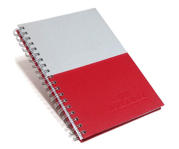 Cadernos Personalizados recorte horizontal 17x24 cm